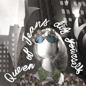 Queen of Jeans: Dig Yourself
