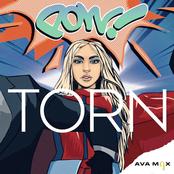 Ava Max: Torn