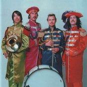 Red Hot Chili Peppers 1e9fd788448c45f6ba748b0f7f0504bb