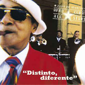 Afro-Cuban All Stars: Distinto Diferente