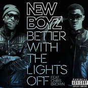 Better With the Lights Off (feat. Chris Brown) - Single