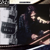 Live At Massey Hall 1971