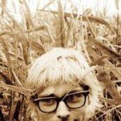 Kurt Cobain 2d510fbc443a48bd80f14d58e0335a90