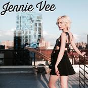 Jennie Vee: Die Alone (EP)
