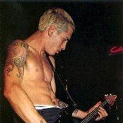 John Frusciante 43f5207d08c24c81bffff1f7463b7a12