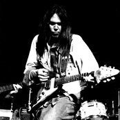 Neil Young 560a68472acb42bc87d790385a70857a