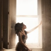 Amy Winehouse 71dedd54c90246d2960a53c303524a0c