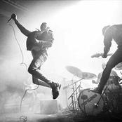 Barricades (Live)