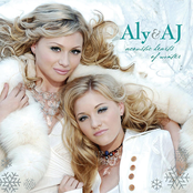 Aly & Aj: Acoustic Hearts of Winter