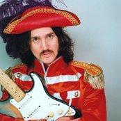 John Frusciante 825af63c9142428aa3363779e596b844