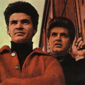 The Everly Brothers 8ebf89c383834f89801cabab320910fb