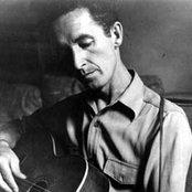 Woody Guthrie 97d0aa19e3884229877640e75f1cf155
