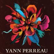 Yann Perreau: Un serpent sous les fleurs