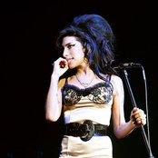 Amy Winehouse afe1027e450d4226b880e2567a753d51