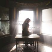 Tori Kelly: Hollow