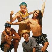 Red Hot Chili Peppers d42b8cf9f7304e57bd343a951c3e5ef3