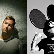 deadmau5 and Kaskade d6d5a42470f78b06509ee676c76605c2