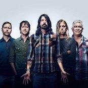 Foo Fighters d91769b38237c84fa0745fc18d5da361