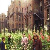 The Beatles e2727cade0b341618f99a606f09287fd