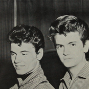 The Everly Brothers e2b8c00c447442c58a94f35981b65569