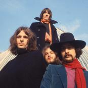 Pink Floyd e7090eb6d05349ae8e0932264910d875