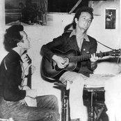Woody Guthrie e83ac19388d34d318e1c2d7aafb2b41c
