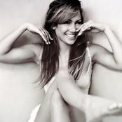 Jennifer Lopez ec38911117c8462e9b512b06a85708bf