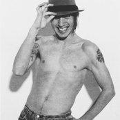 John Frusciante f3470d732a184333ac4d74f9e135e5c0