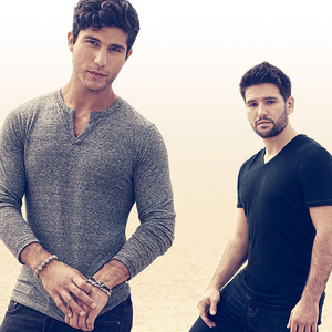 Dan and Shay live