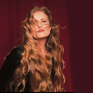 Avatar for Tierney Sutton