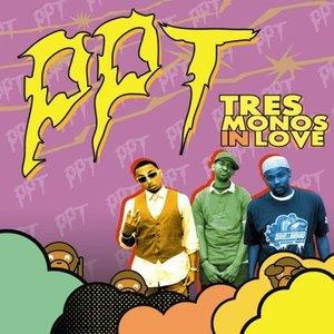 Tres Monos In Love