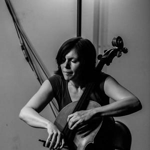Helen Gillet