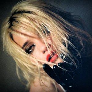 Sky Ferreira için avatar