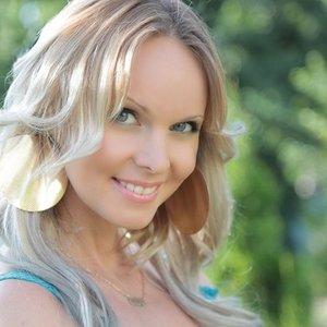 Avatar for Natalie Gioia