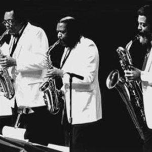Аватар для World Saxophone Quartet