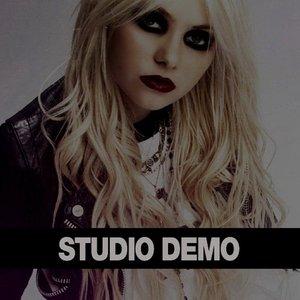 Demo & Live (2009 - 2012)