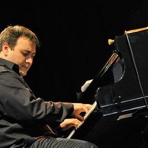 Аватар для Eric Legnini Trio