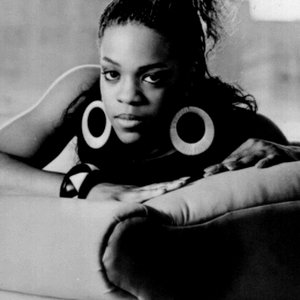 "Evelyn ""Champagne"" King için avatar"