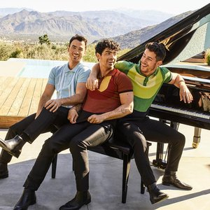 Avatar for Jonas Brothers
