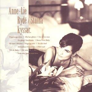 Stulna Kyssar