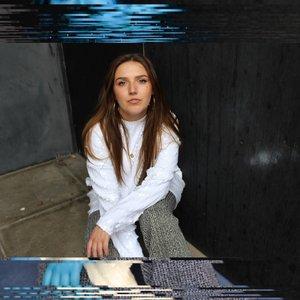 Avatar for Sarah Carton