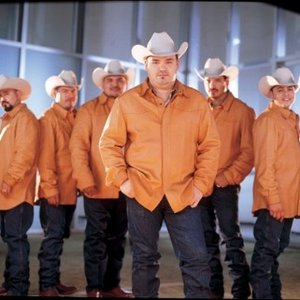 Image for 'Intocable'