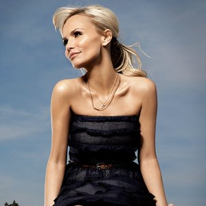 Avatar for Kristin Chenoweth