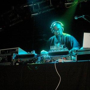 Avatar for DJ Rhettmatic