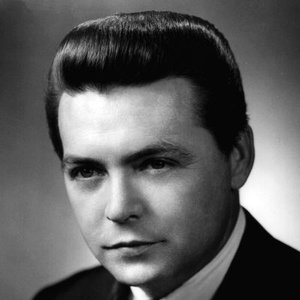 Avatar for Mickey Gilley