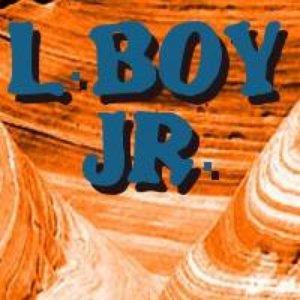 Аватар для L.Boy Jr.