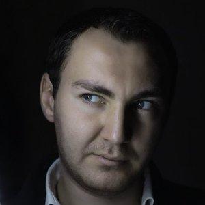 Avatar for Kamil Esten