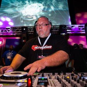 Avatar for DJ Rob-E