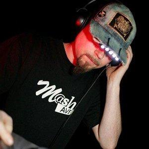 Avatar for DJ Schmolli