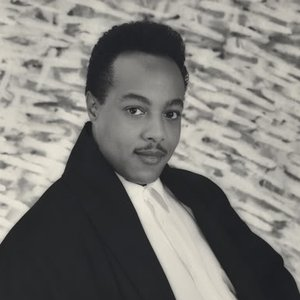 Avatar for Peabo Bryson
